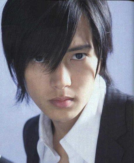 Yamashita-Tomohisa-740786.jpg