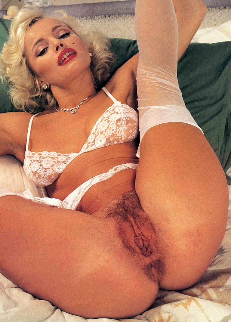 pornstar-bobbitt-fantasy-art-semi-nude-woman