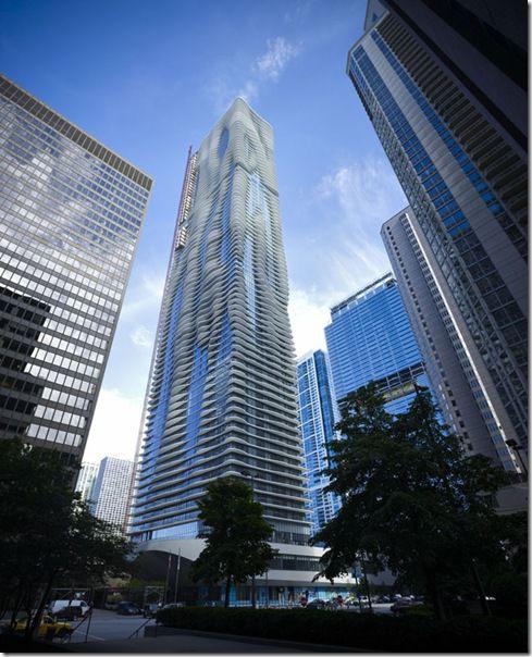 Чикагский небоскреб Aqua — самая красивая высотка в мире!