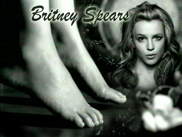 britney-fetish-foot-spear