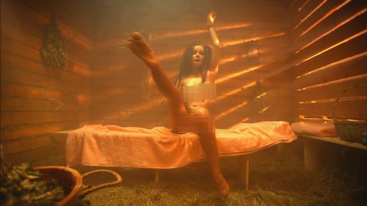 музыкальные клипы в исполнении голых женщин - 1