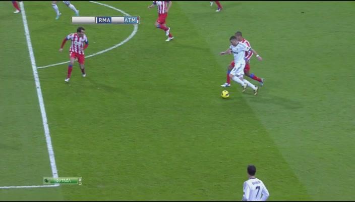 Чемпионат Испании 2012-2013  14-й тур  Реал Мадрид - Атлетико Мадрид[21-33-01].JPG