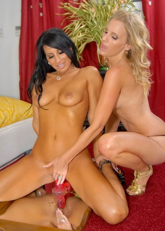 Brianna Ray & Sophia Bella - Pulsating Pussy (March 08, 2014) [HD 1080p]