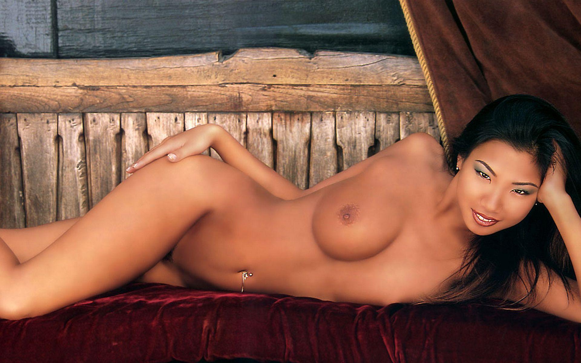 Фото голые японские знаменитости 8 фотография