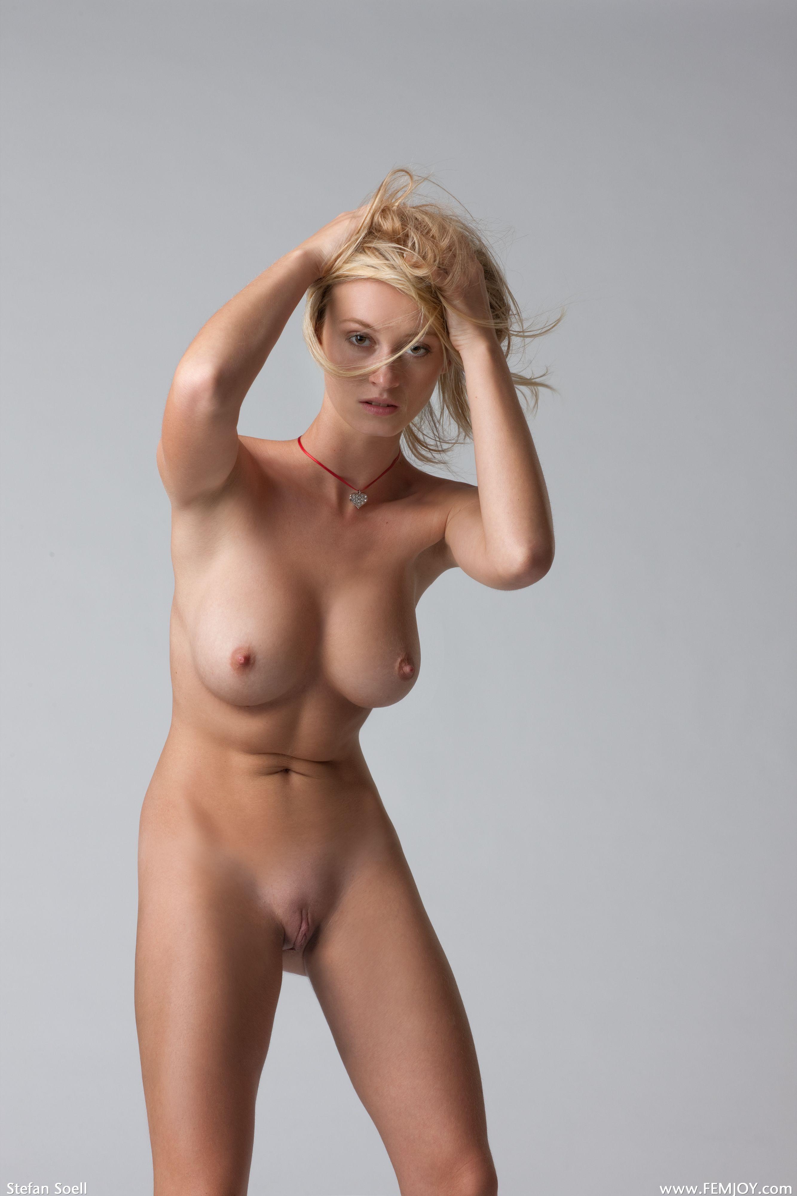 Роскошные голые бабы 3 фотография