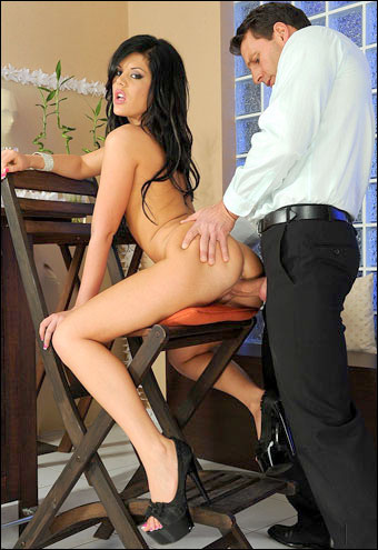 Madison Parker - Жопная боль / Butt Hurt (2011) DVDRip
