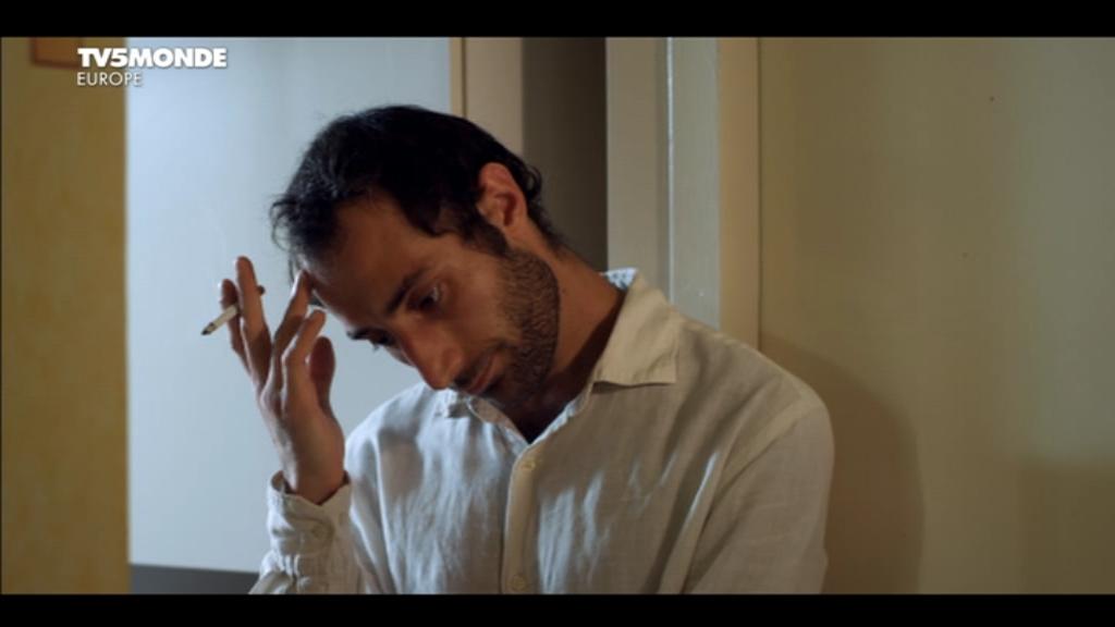 [apreder]MM_Le_gynecologue_et_son_interprete(2014)DVB-0-01-20-000.png
