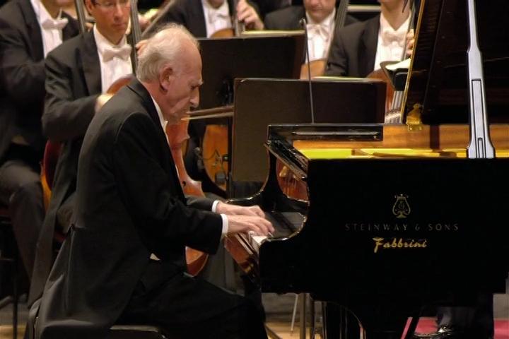 Johannes Brahms - Piano Concerto No.2 In B Flat Major, Op.83.mkv_snapshot_22.20_[2016.09.02_17.48.31].png