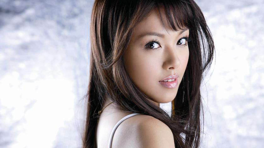 megapost - japanese albums - 001 - Yuna Ito.jpg