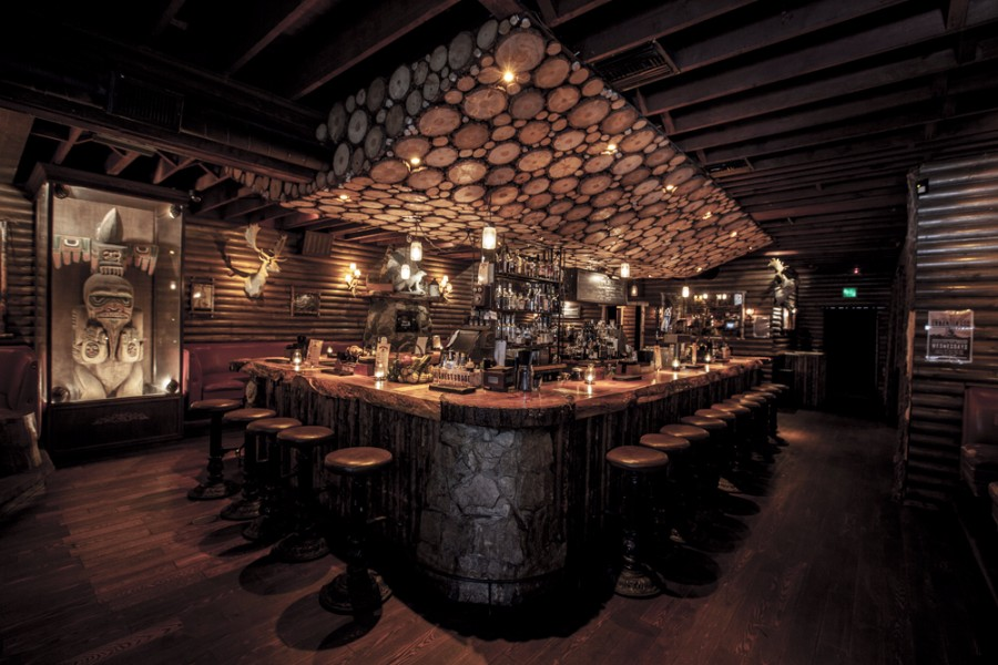 Красивый бар