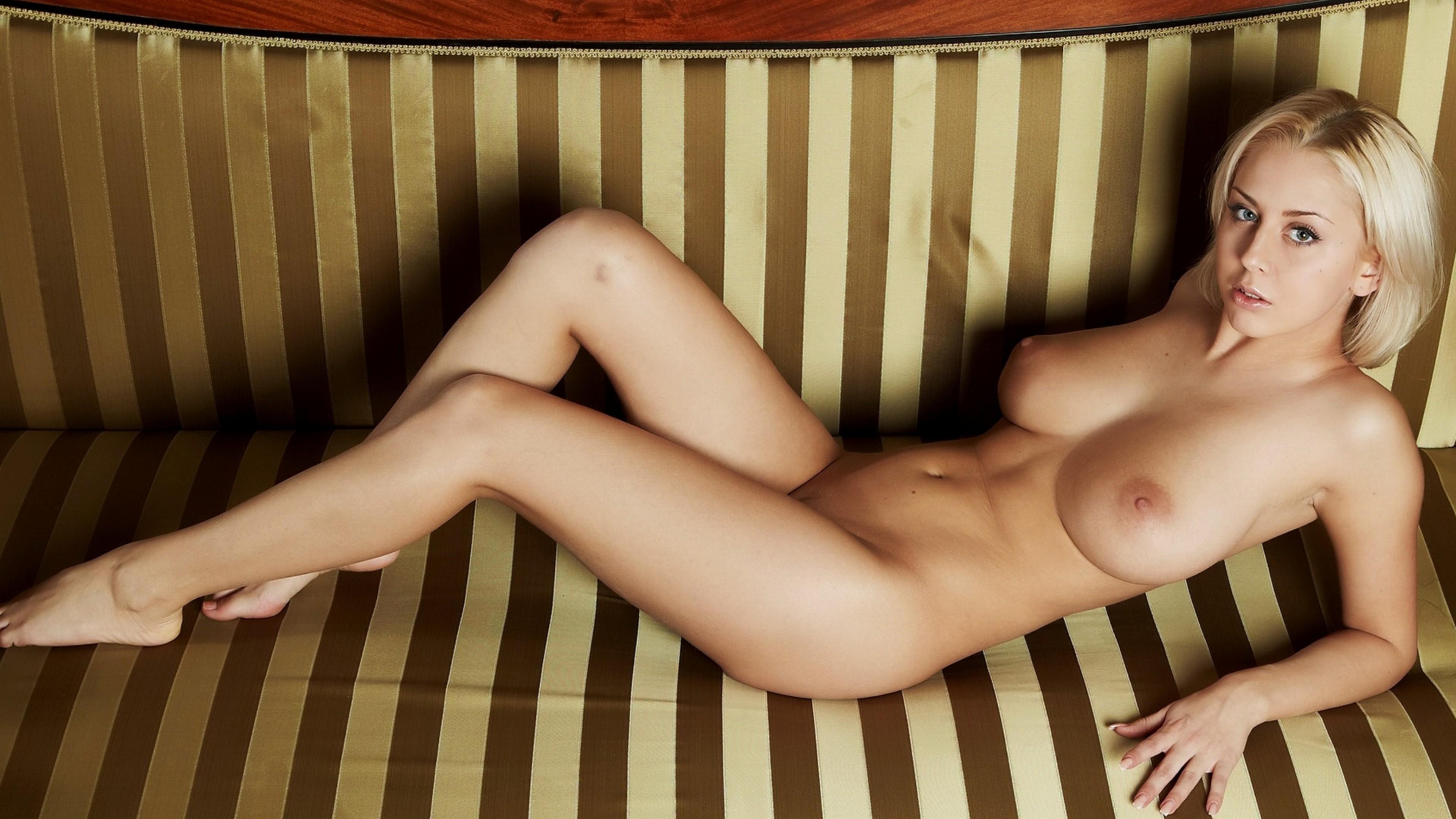 Эро фото полина гагарина, Голая Полина Гагарина эксклюзивные фотографии 18 фотография