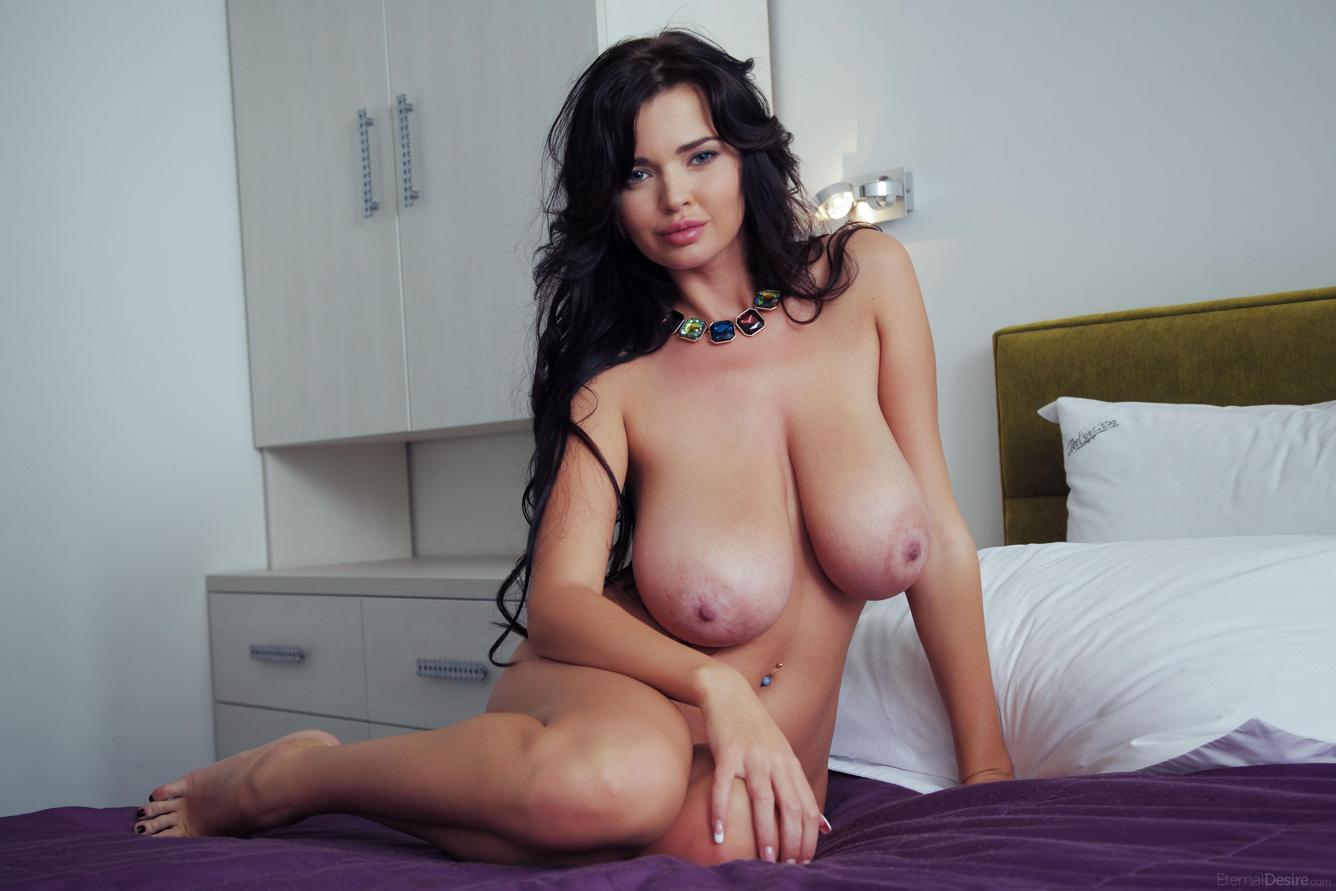 И голые с большими габаритами #4