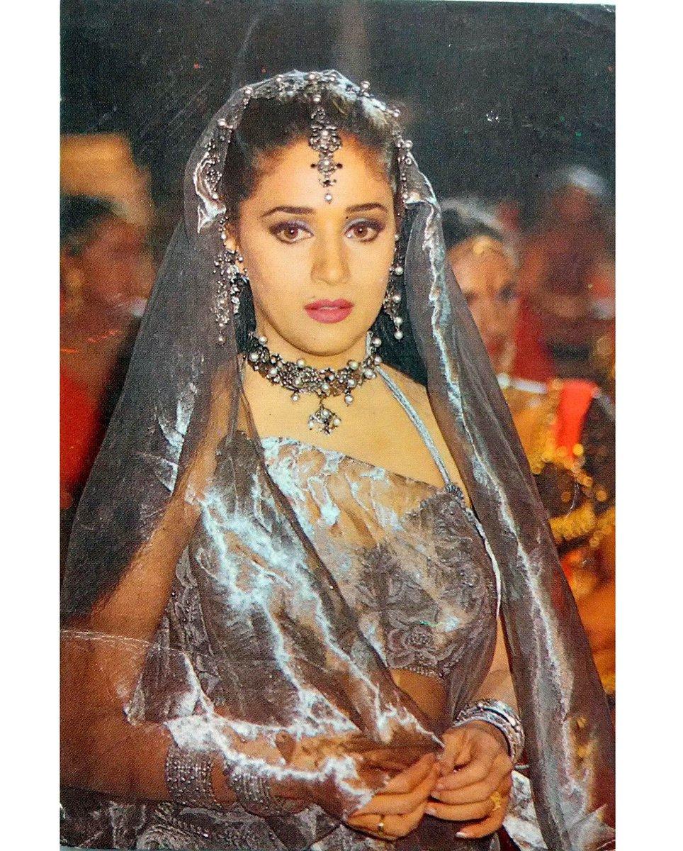 Мадхури дикшит фото без макияжа