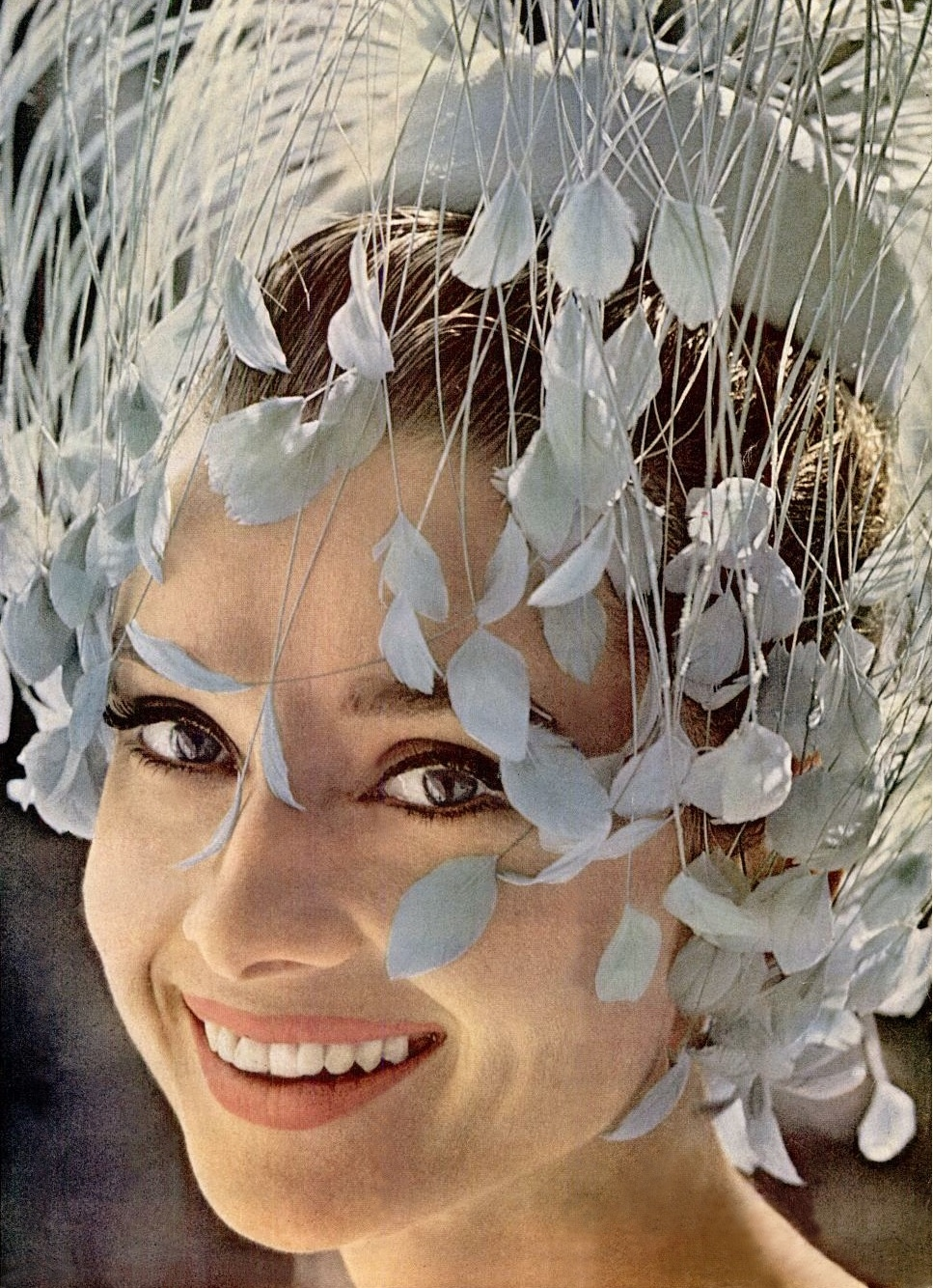 LIFE Magazine April 20, 1962 Audrey Hepburn Cover Detail.jpg