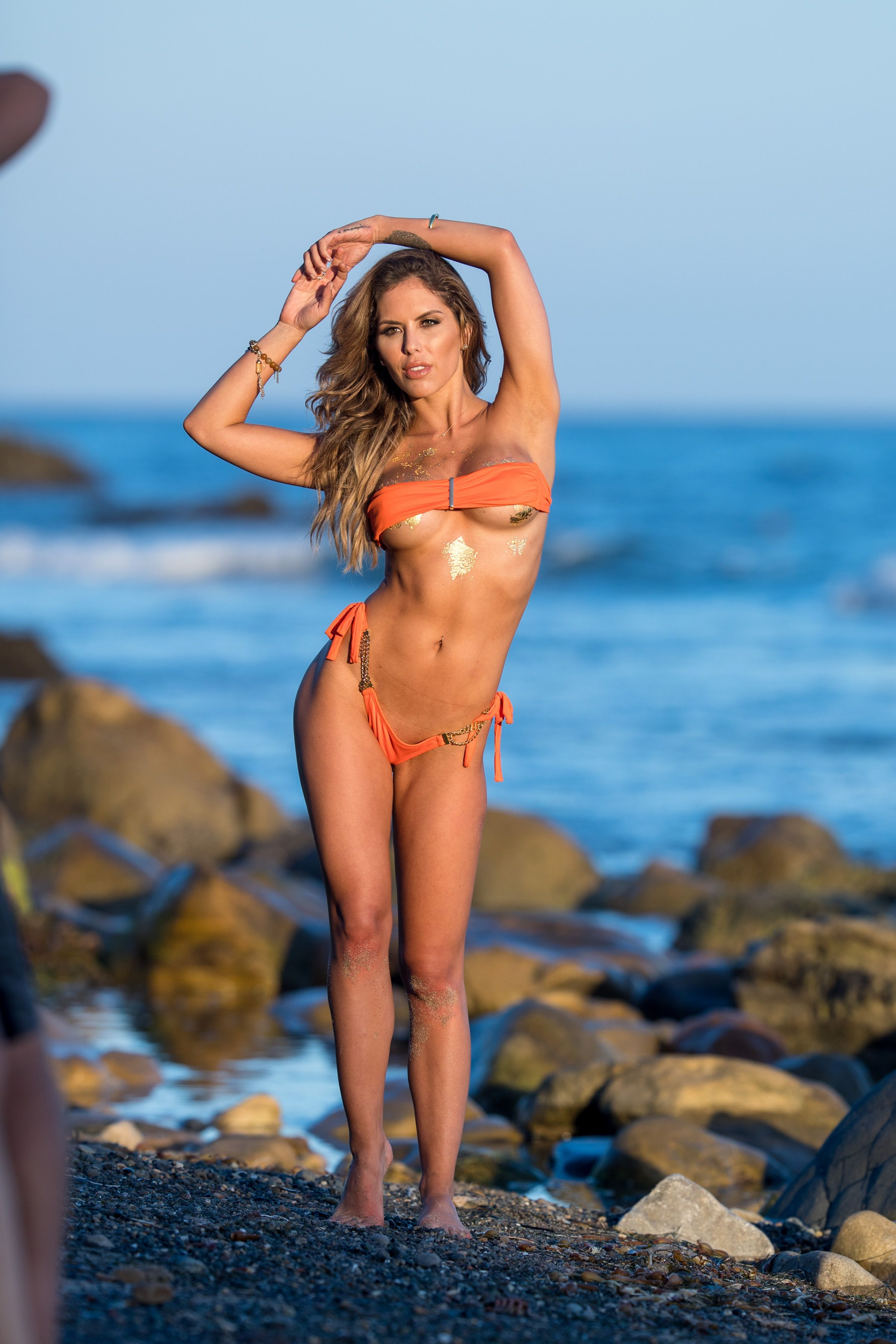 Brittney-Palmer-Sexy-Topless-30-thefappeningblog.com_.jpg