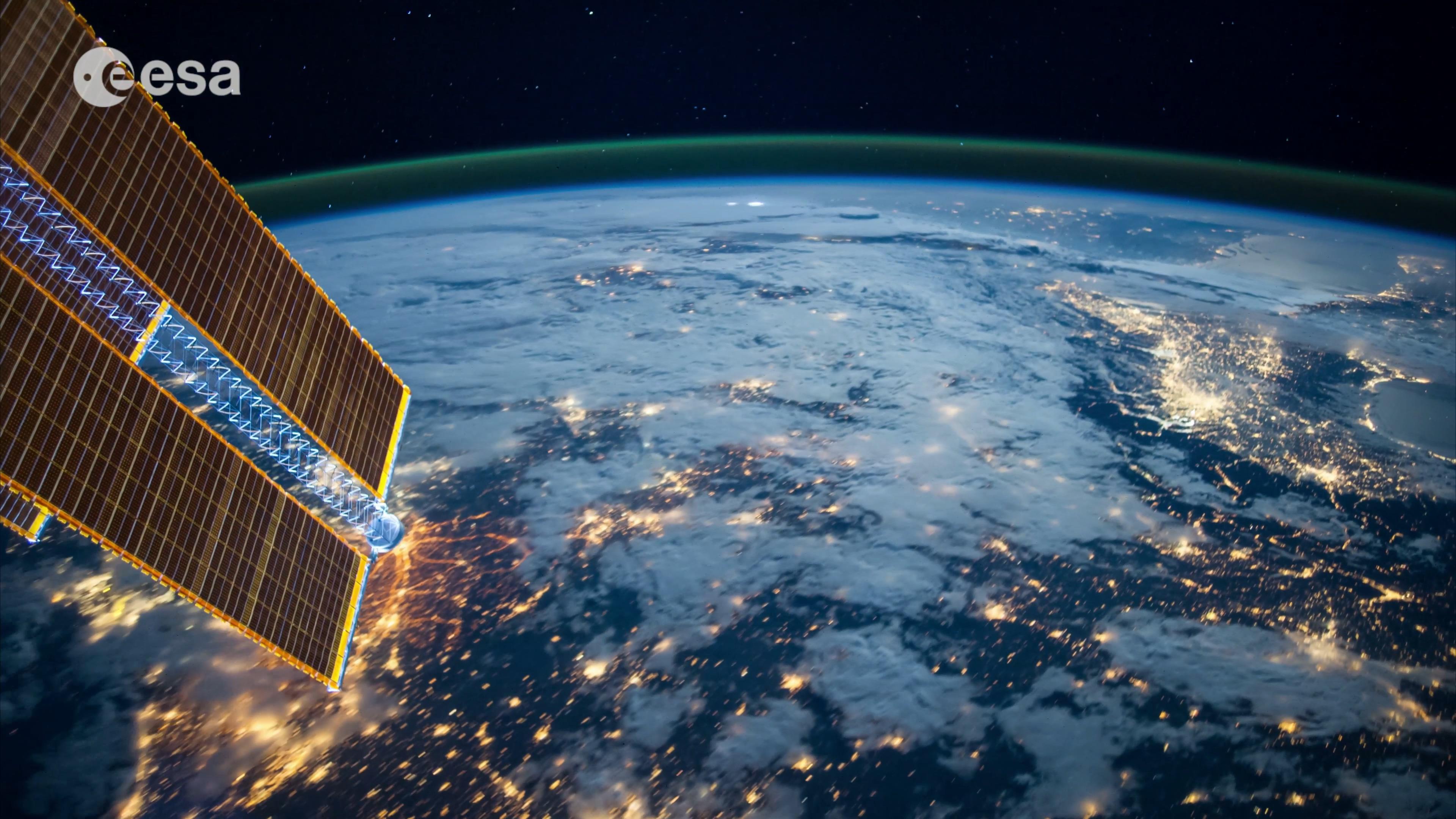 earth orbit video - HD3840×2160