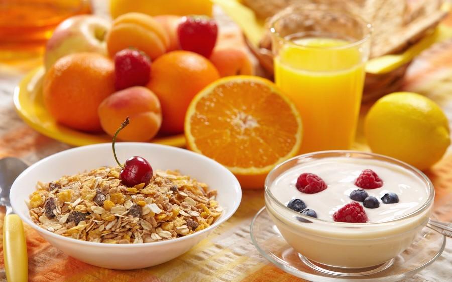 Яркий и полезный завтрак