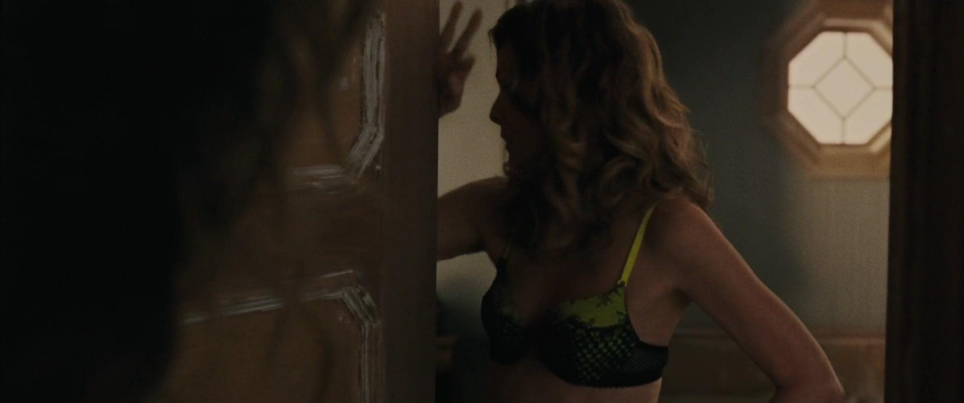 Jennifer-Lawrence-Michelle-Pfeiffer-Mother-20-thefappeningblog.com_.jpg