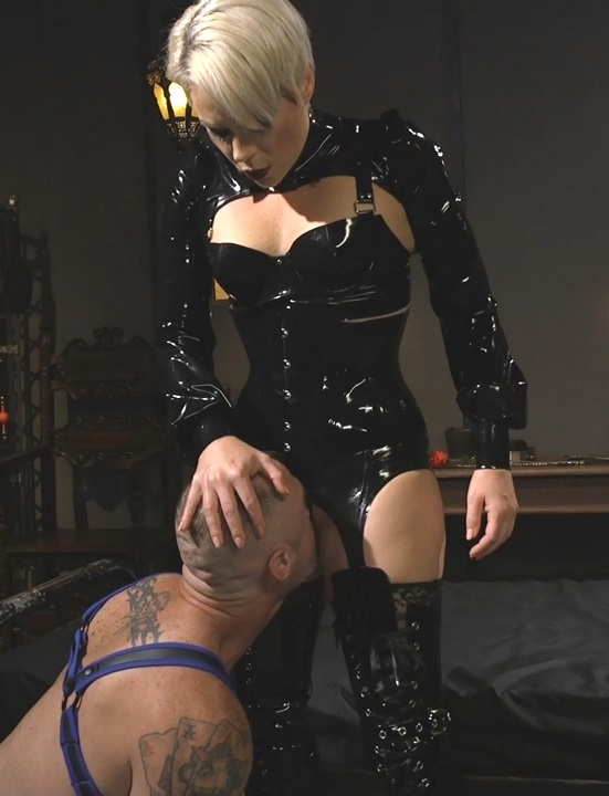 [DivineBitches.com / Kink.com] Helena Locke (The Femdom Lifestyle: Real Couple Plays Hard) [2017 г., Femdom, Domination, Humiliation, Pegging, Pussy Eating, Face Sitting, Rough Sex, Strap-on, 720p, HDRip]