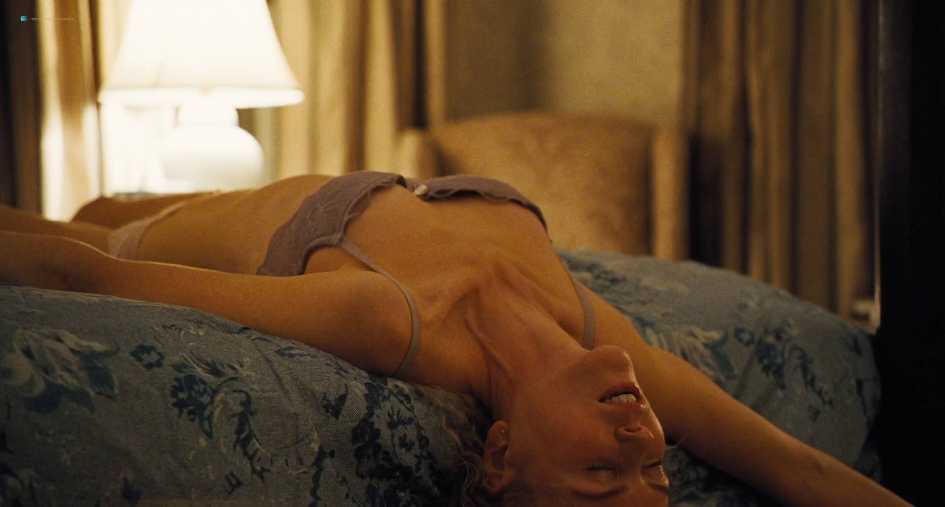 Nicole-Kidman-nude-bush-and-boobs-The-Killing-of-a-Sacred-Deer-2017-HD-1080p-06.jpg