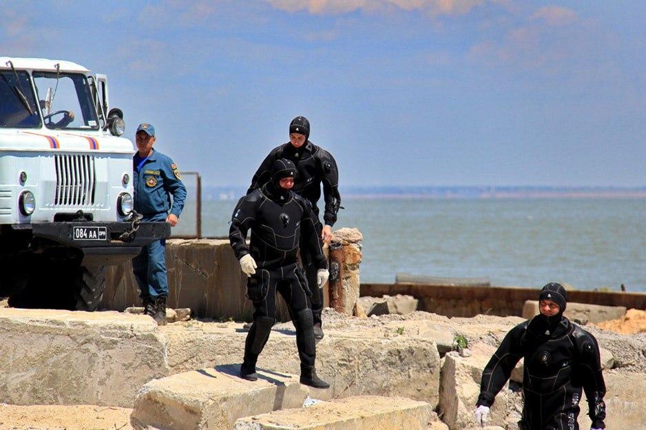 Трое рыбаков из ДНР пропали в Азовском море,ведутся поисковые работы- Сообщает МЧС ДНР!!!