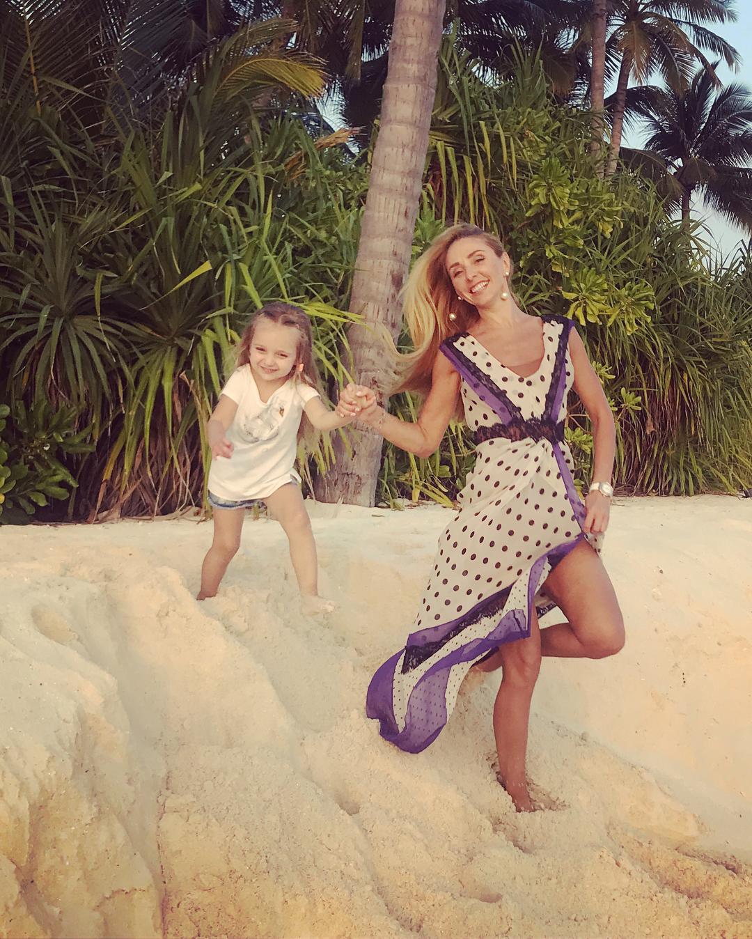 Песков с детьми фото