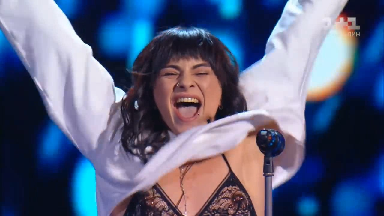 Khrystyna Khramova 'Sex on fire' – Blind Audition – The Voice of Ukraine – season 8.avi_snapshot_00.00.jpg