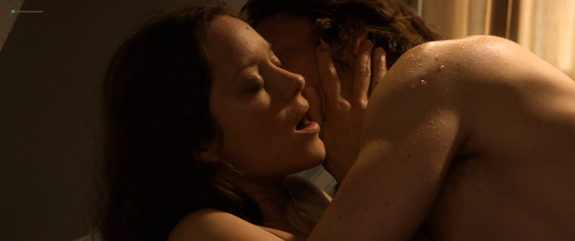 Marion-Cotillard-nude-full-frontal-Alba-Rohrwacher-nude-nipple-Les-fantomes-d_Ismael-FR-2017-HD-1080p-BluRay-012.jpg