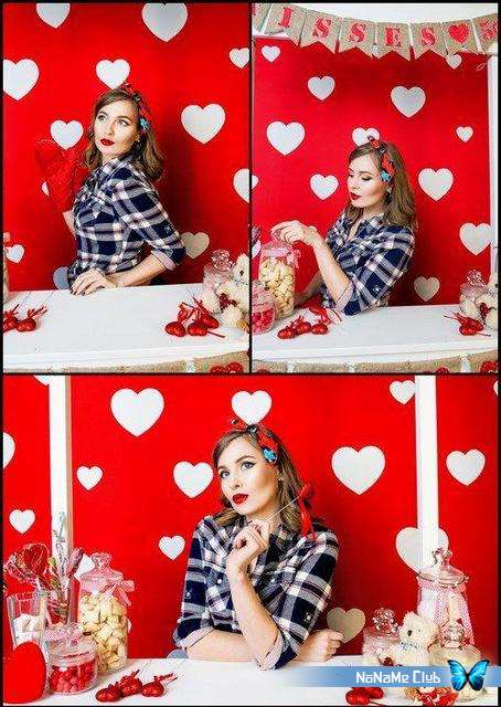 Растровый клипарт - Fotolia - The girl on the background with hearts [JPG]
