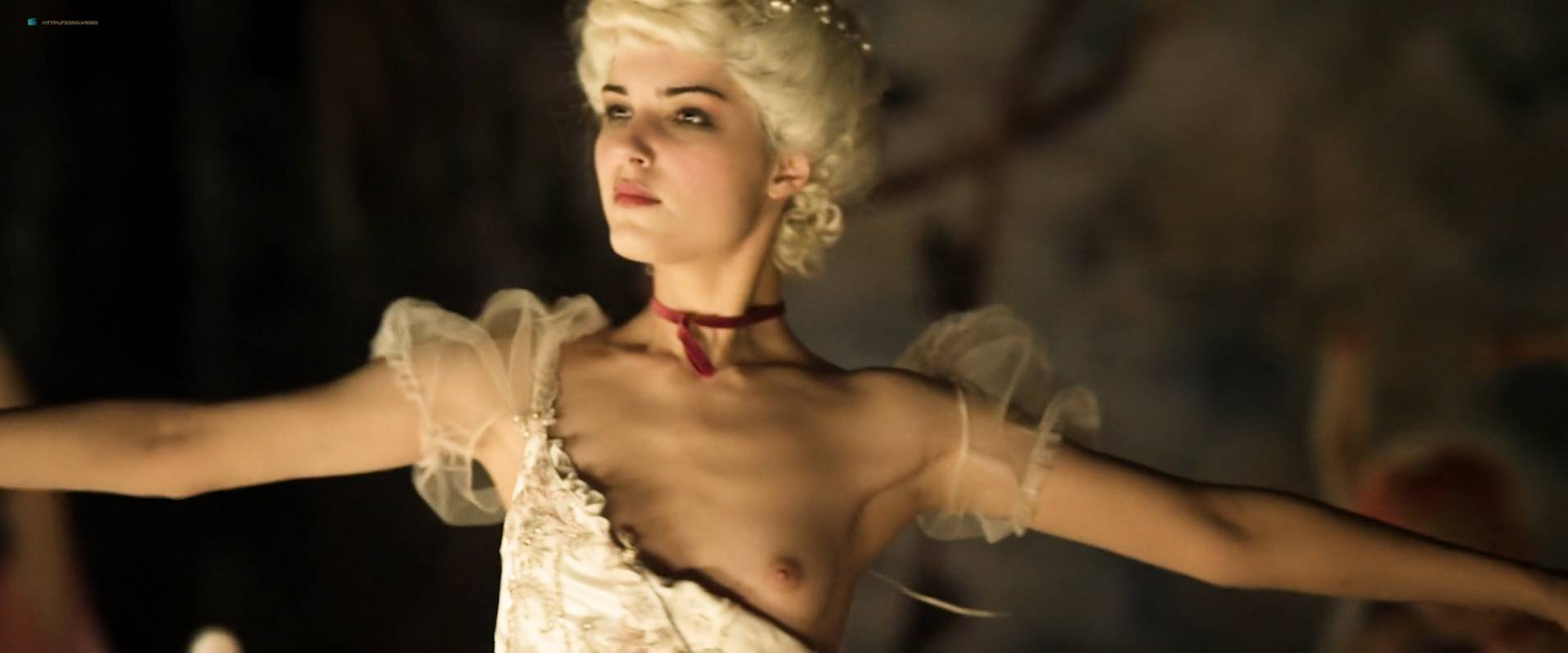 Michalina-Olszanska-nude-topless-Matilda-RU-2017-HD-1080p-WEb-002.jpg
