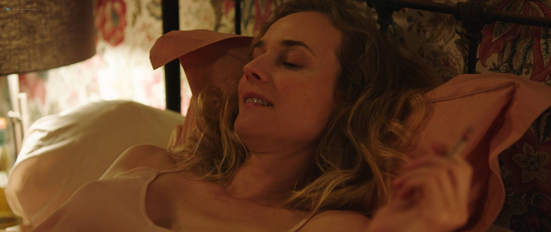 Diane-Kruger-nude-topless-and-sex-in-the-car-Tout-Nous-Separe-FR-2017-HD-1080p-BluRay-001.jpg