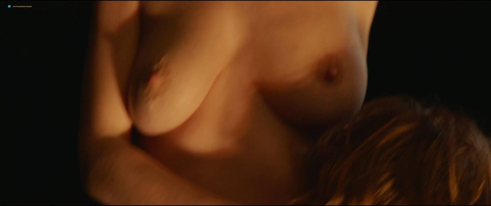 Sofie-Hoflack-nude-topless-and-hot-sex-Het-Tweede-Gelaat-BE-2017-HD-1080p-016.jpg