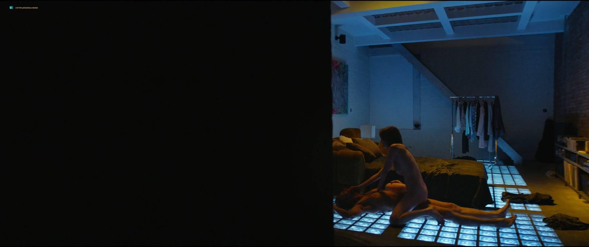 Sofie-Hoflack-nude-topless-and-hot-sex-Het-Tweede-Gelaat-BE-2017-HD-1080p-008.jpg