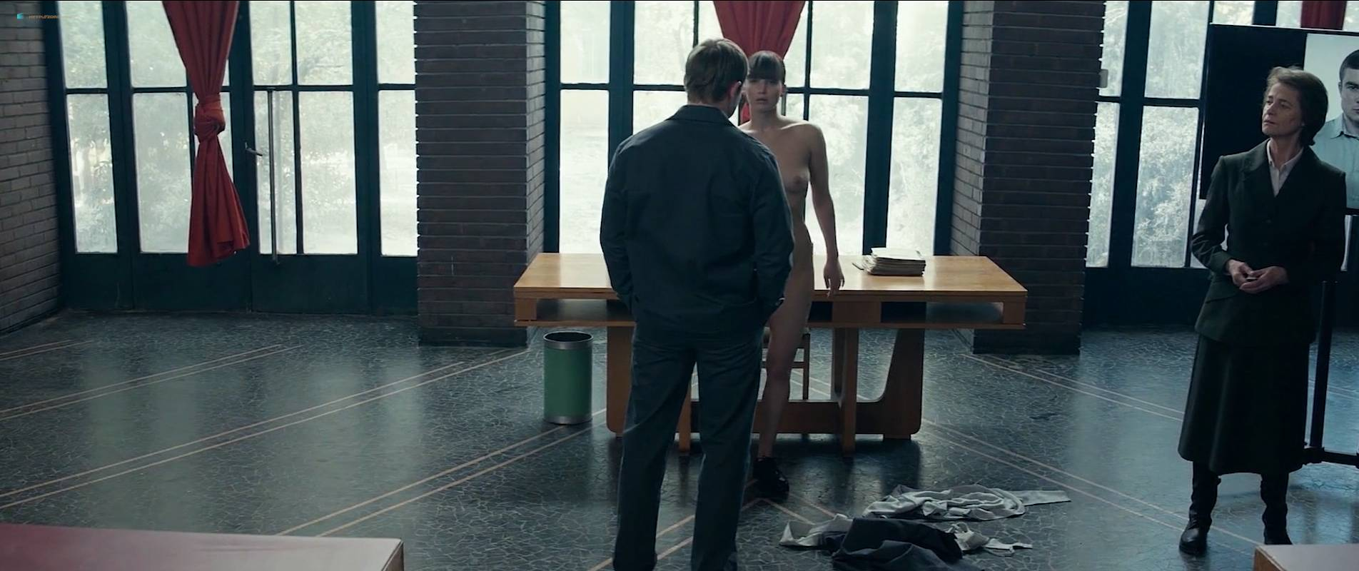 Jennifer-Lawrence-nude-topless-and-butt-Red-Sparrow-2018-HD-1080p-Web-010.jpg