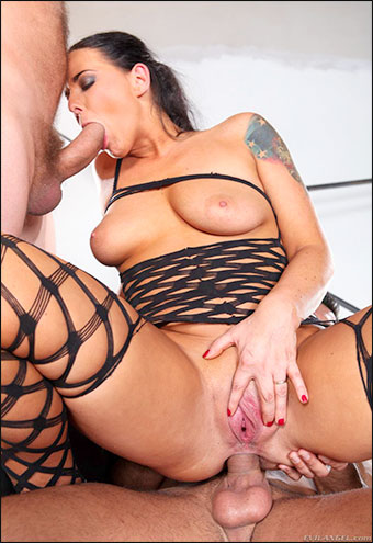 Simony Diamond - Анальный трах мамочек 2 / Assfucked MILFs 2 (2012) WEB-DLRip |