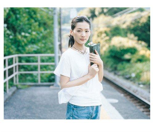 20180702.2117.04 Haruka Ayase - Marguerite cover 1.jpg