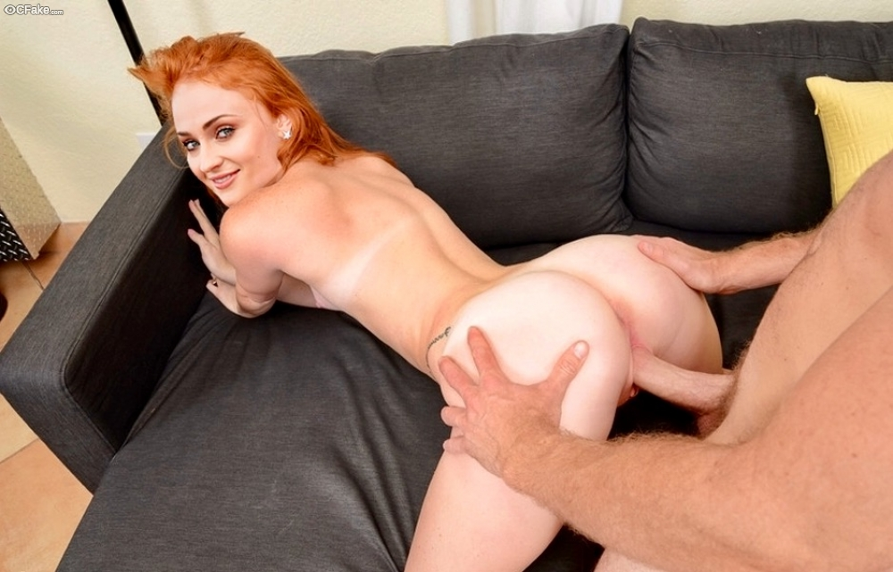 Redhead Teen Got Humped On Hard Dick Covered By Condom Por Anilos 1