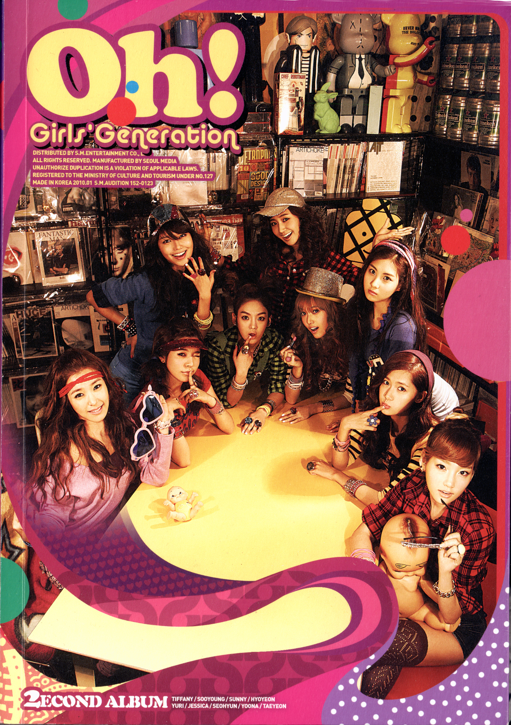 20181214.2355.060 Girls' Generation (SNSD) - Oh! (booklet) 001 (JPOP.ru).jpg