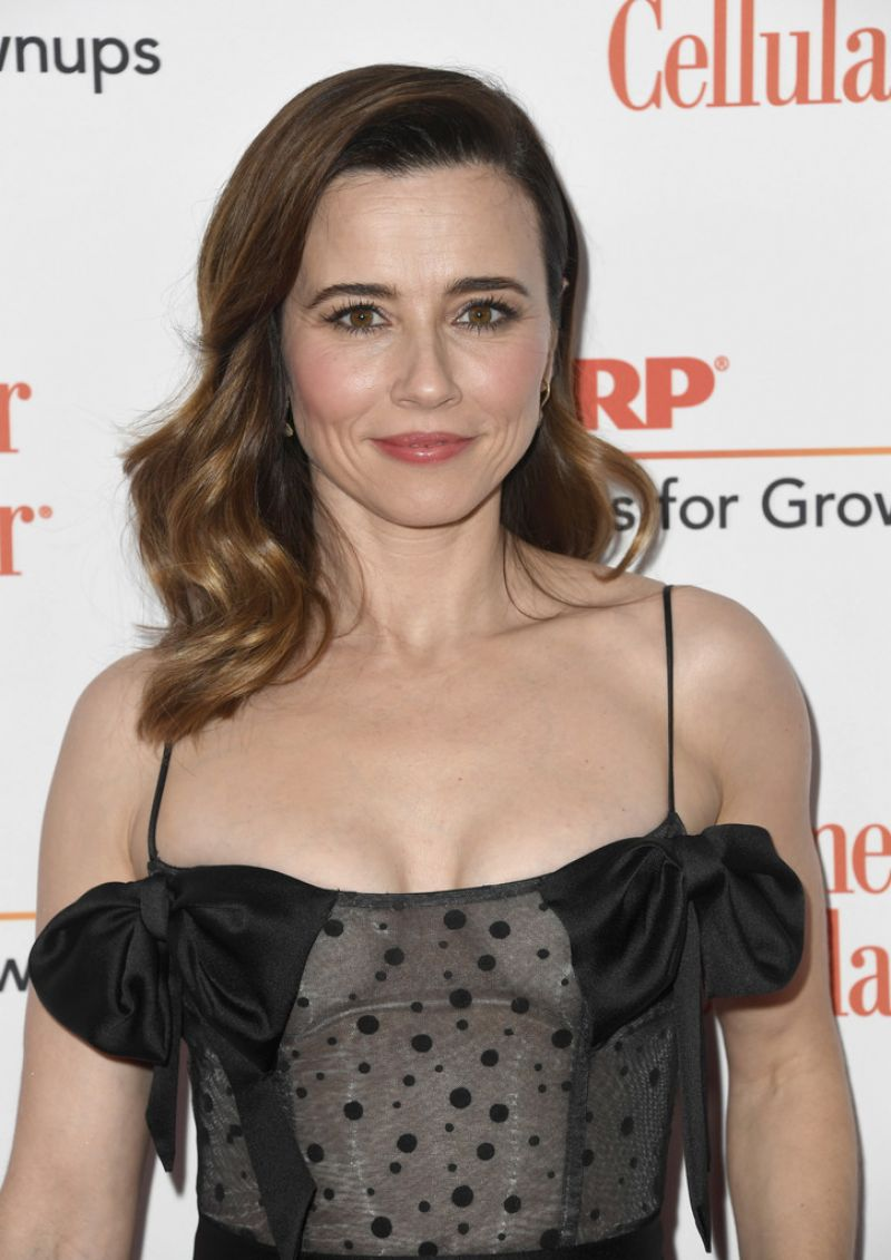 linda-cardellini-aarp-the-magazine-s-movies-for-grownups-awards-in-beverly-hills-02-04-2019-6.jpg