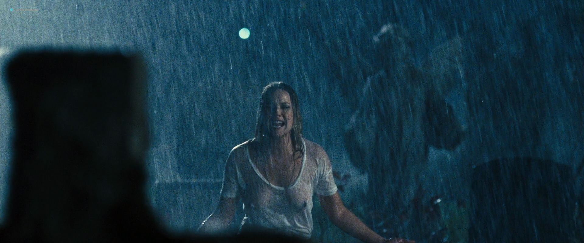 0110164402218_01_Olga-Kurylenko-hot-Abbie-Cornish-see-through-and-Christine-Marzano-nude-–-Seven-Psychopaths-2012-HD-1080p-09.jpg