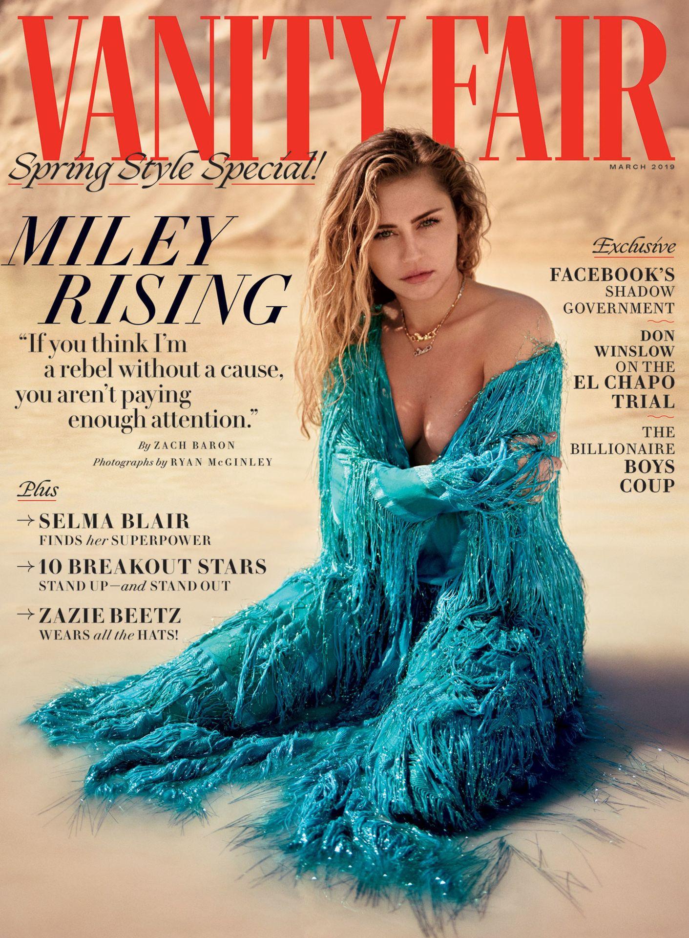 Miley-Cyrus-Nude-Sexy-TheFappeningBlog.com-1.jpg