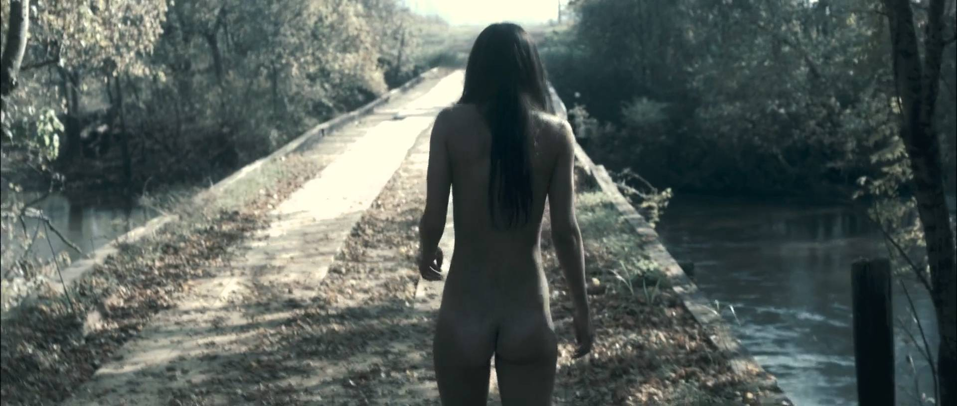 0325075936138_10_Sarah-Butler-nude-full-frontal-butt-and-rough-sex-I-Spit-on-Your-Grave-2010-HD-1080p-BluRay-11.jpg