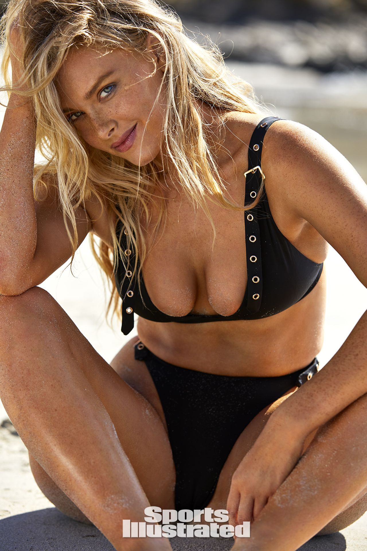 0409102317452_07_Camille-Kostek-See-Through-Nude-Sexy-TheFappeningBlog.com-7.jpg