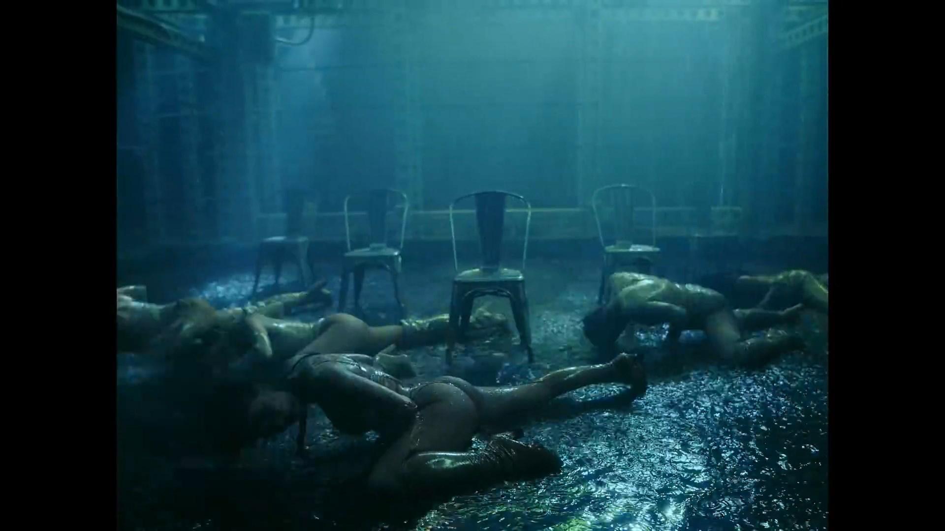 The Pussycat Dolls - React.mp4_snapshot_03.13_[2020.02.10_03.45.35].jpg