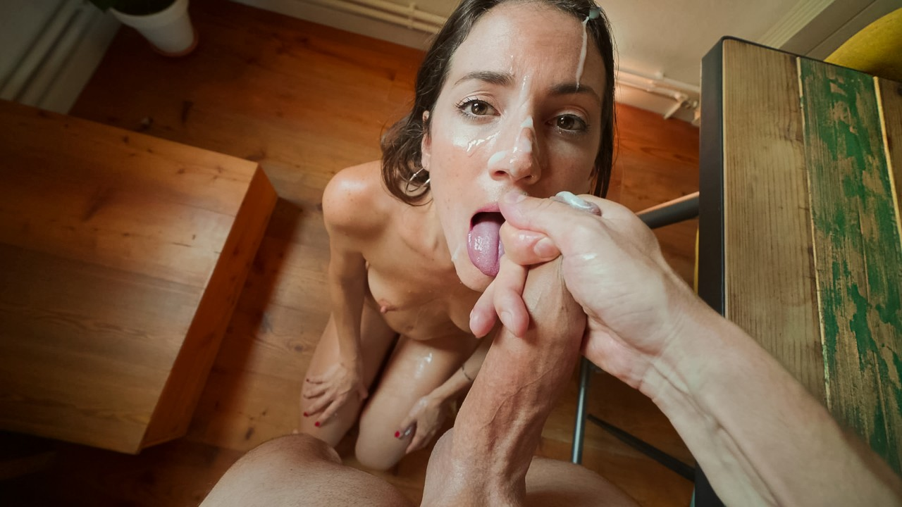 MySweetApple - Hot Bruenette With Oily Ass Gets Fucked Hard (2020) SiteRip |