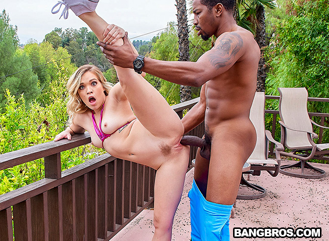 Katie Kush - Katie Kush Gets Gifted A Big Black Cock (2020) SiteRip |