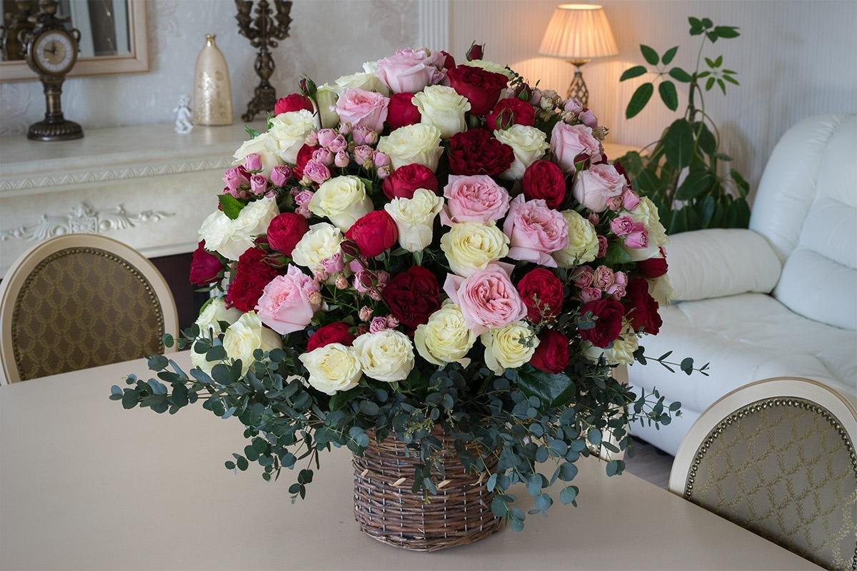 Как собрать букет цветов для девушки - советы от доставки цветов