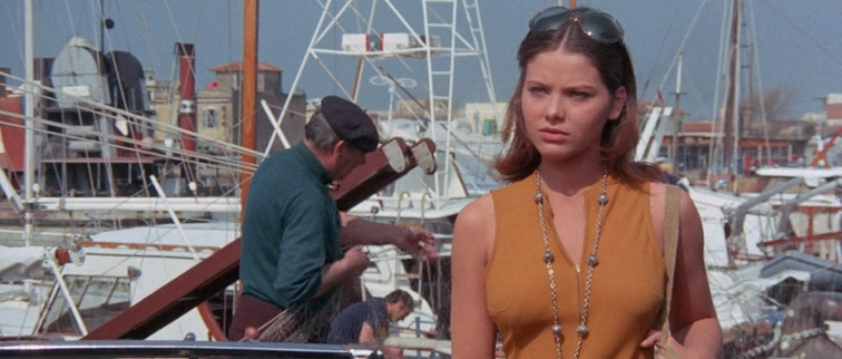 An.Ideal.Place.to.Kill.1971.BDRip-AVC.ExKinoRay.mkv_snapshot_00.06.31.985.png