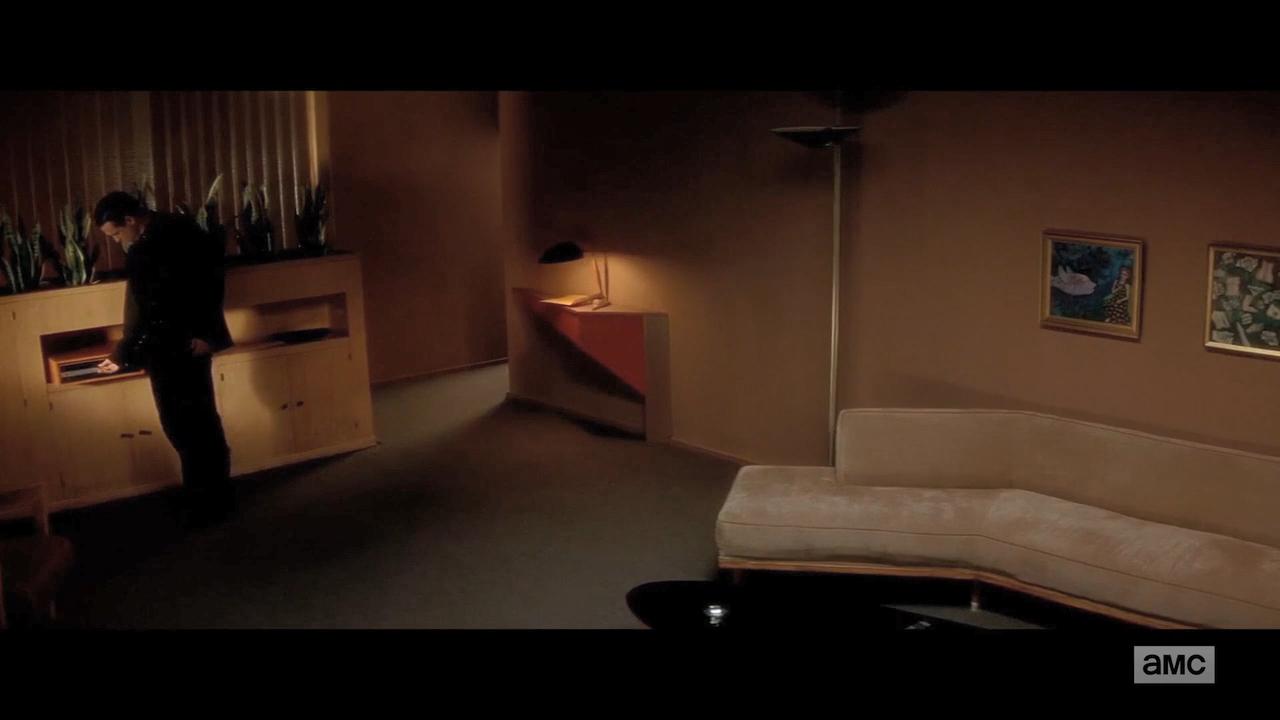 720p Eli.Roth's.History.of.Horror.S02E01_ideafilm_Spin City33.mkv_snapshot_14.12.456.png