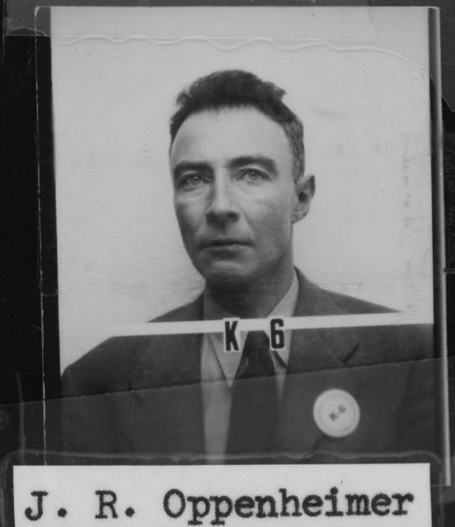 J._R._Oppenheimer_Los_Alamos_ID.jpg